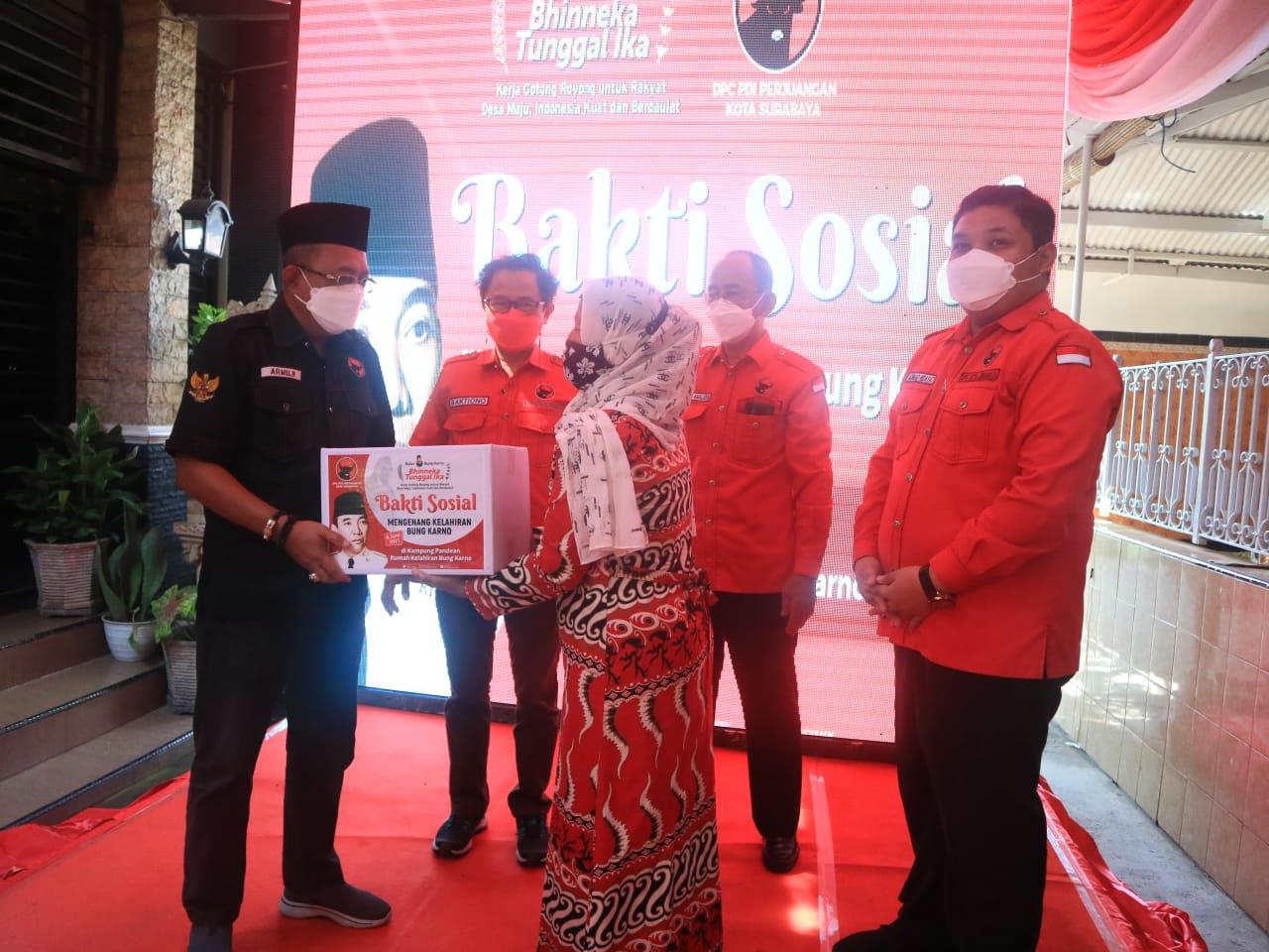 Bulan Bung Karno, DPC PDI Perjuangan Surabaya Berbagi Kebaikan di Pandean