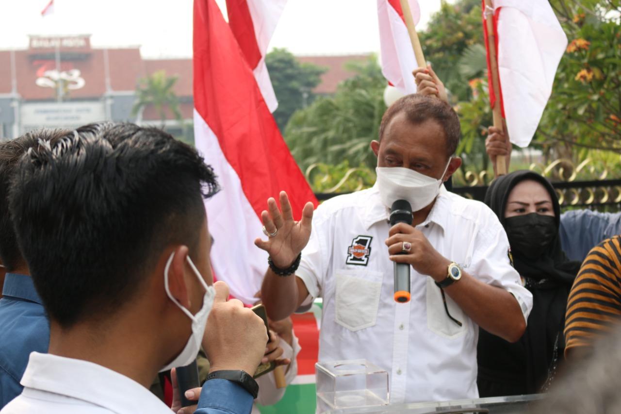 Temui Demonstran Surat Ijo, Begini Kata Armuji