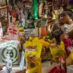 Ekonom Unair Sebut Pajak Sembako Bisa Perlebar Disparitas Kemiskinan