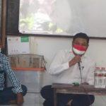 Peringati HUT ke-75 RI, Achmad Hidayat Berbagi di Kampung Tambakrejo
