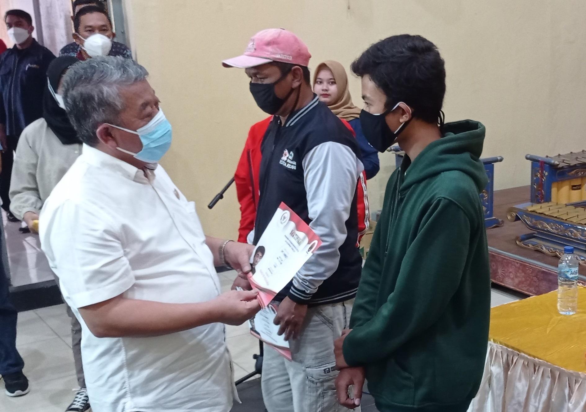 Kusnadi Ajak Masyarakat Kawal Pendistribusian Bansos Covid-19