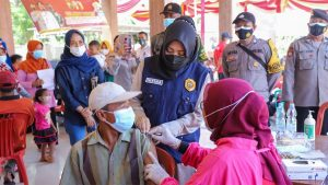 Bupati Mojokerto Apresiasi Gerak Cepat PDI Perjuangan dalam Vaksinasi Covid-19